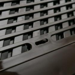 Ciemna zamykana kratka wentylacyjna 162mm na 230mm ,